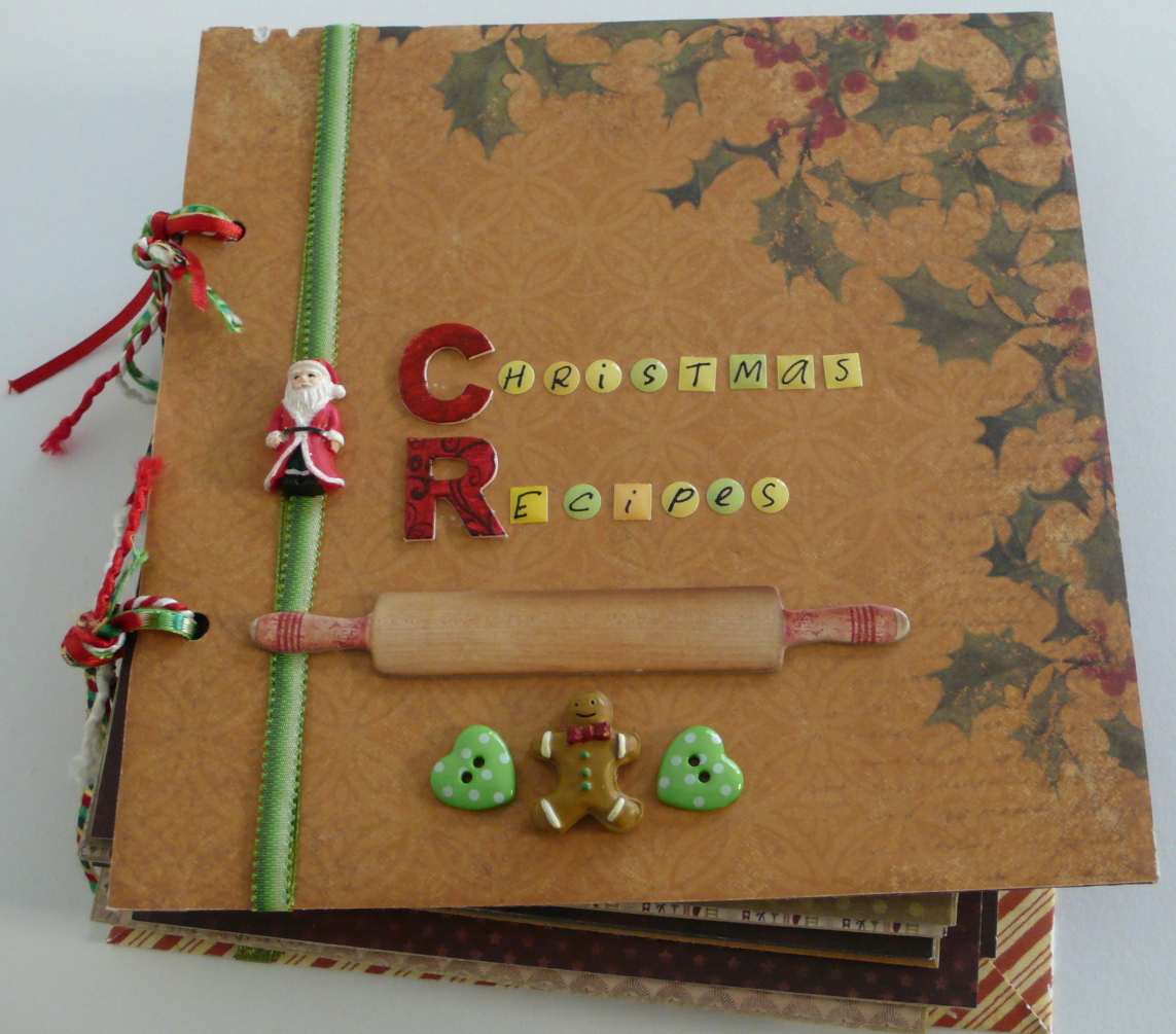 How to scrapbook a photo album - Christmas Recipe Album